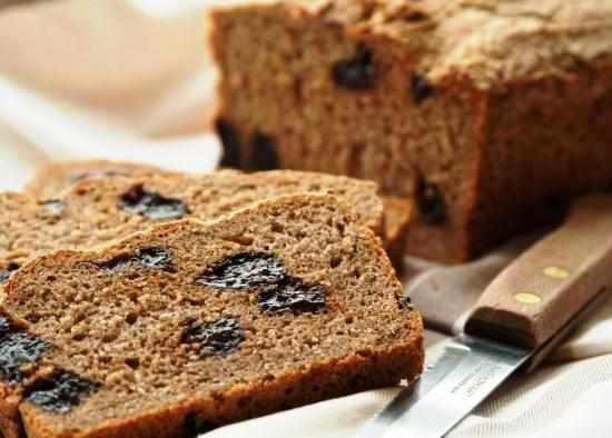 Рисовый хлеб с черносливом