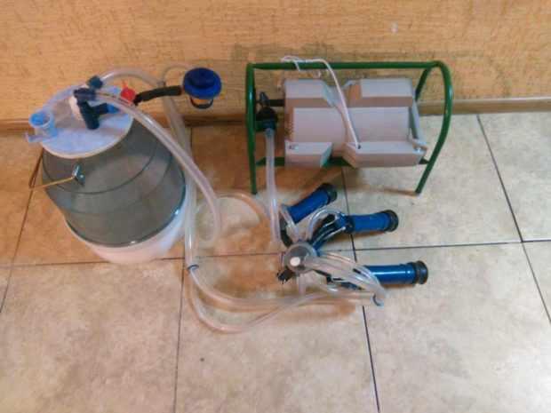 Доильный аппарат для машинной дойки