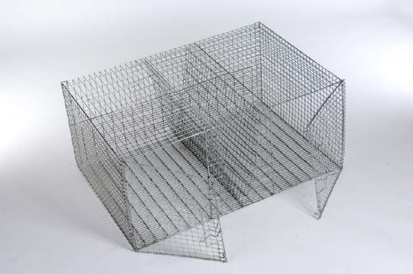 Бескаркасная клетка из сетки