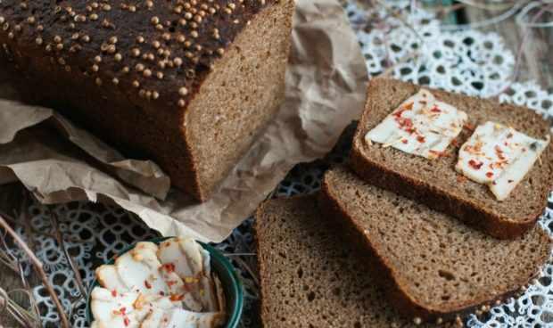 Заварной хлеб с кориандром
