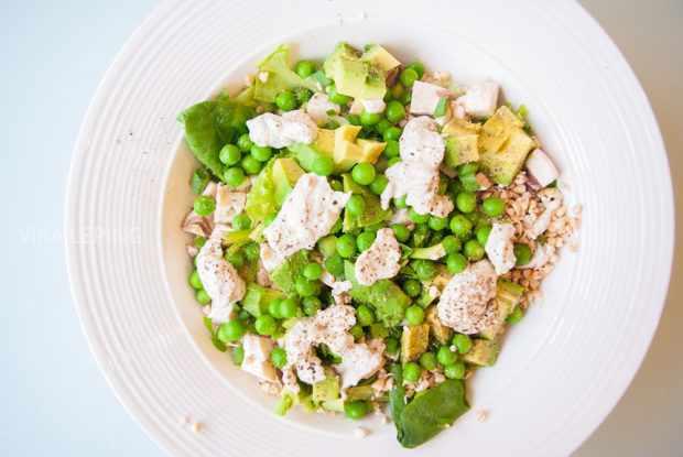 Салат из зеленой гречки