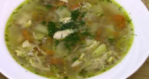 Диетический гречневый суп с курицей