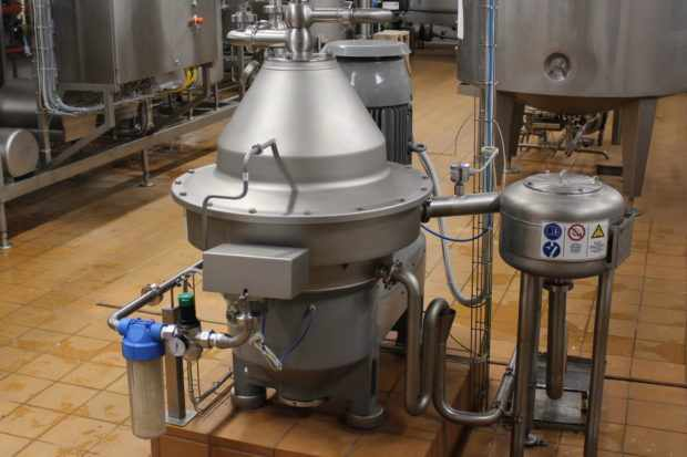 Сепаратор молока Альфа Лаваль ВТАХ 215