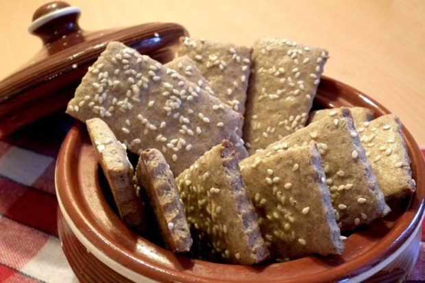 Творожное ржаное печенье