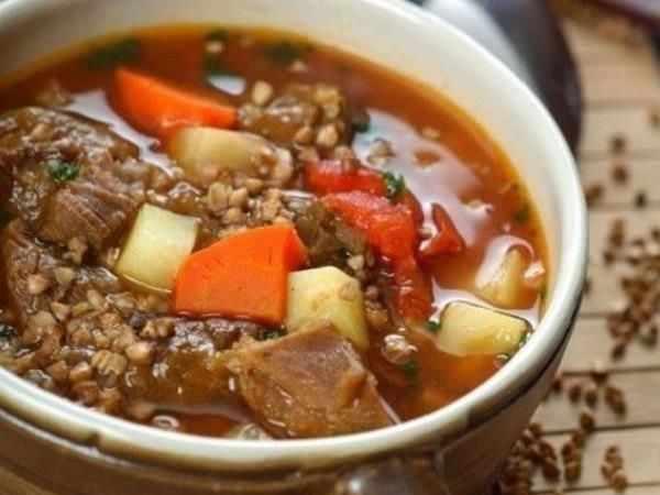 Гречневый суп с говядной