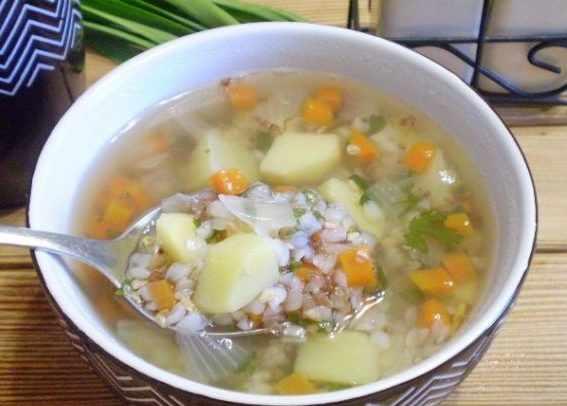 Диетический гречневый суп