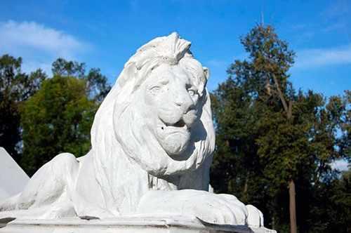 Львы - защитники усадьбы