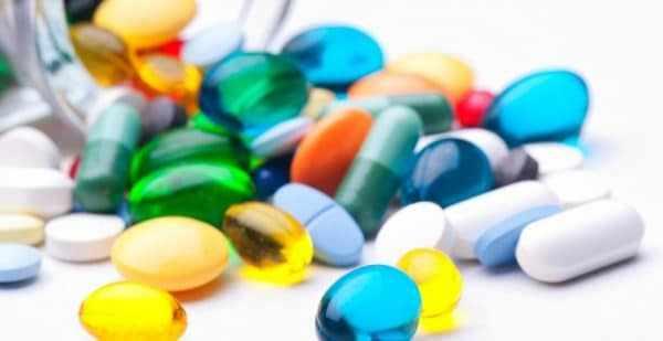 Лечение сальмонеллеза проводится комплексно
